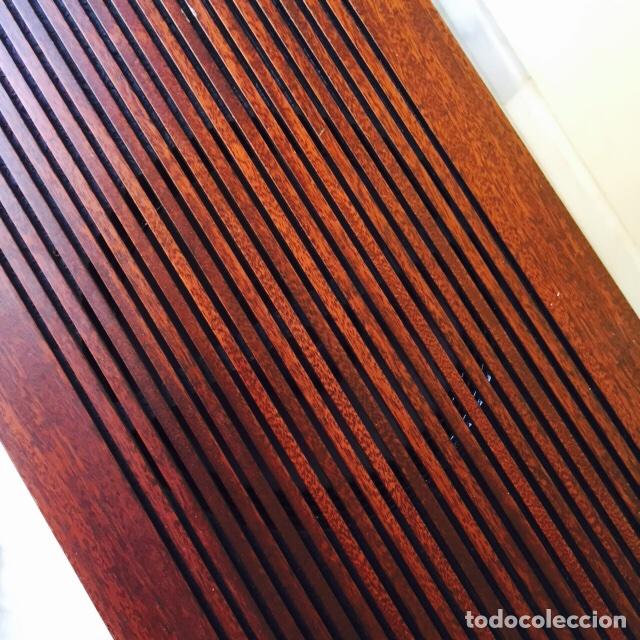 Radios antiguas: Tocadiscos emerson con sus altavoces en madera - Foto 13 - 127968656