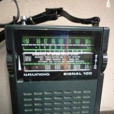 Radios antiguas: RADIO TRANSISTOR GRUNDIG SIGNAL 100 FUNCIONANDO. Lote 128524179
