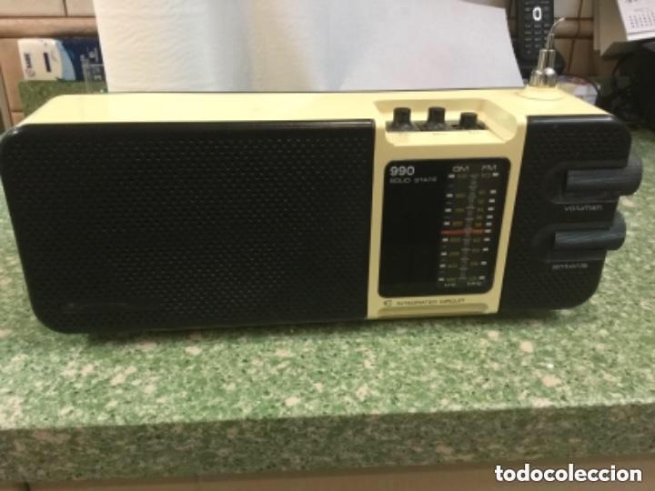 RADIO TRANSISTOR LAVIS AM/FM, MOD. 990 SOLID STATE A CORRIENTE Y A PILAS (Radios, Gramófonos, Grabadoras y Otros - Transistores, Pick-ups y Otros)