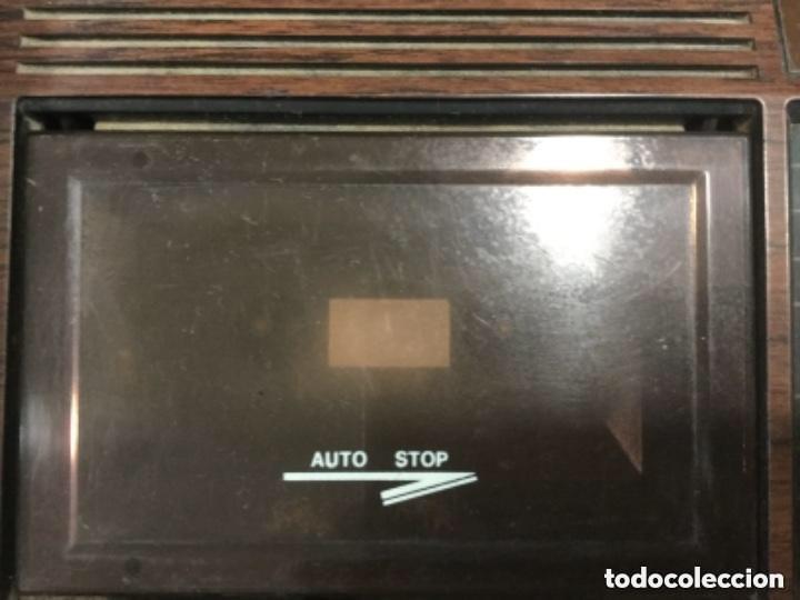 Radios antiguas: Teléfono contestador con radio y reloj.- Marca International, modelo TL-6830 - Foto 6 - 128641063