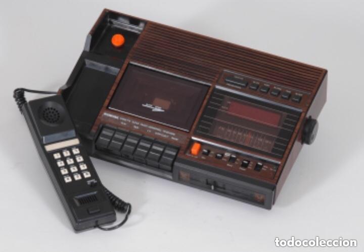 Radios antiguas: Teléfono contestador con radio y reloj.- Marca International, modelo TL-6830 - Foto 24 - 128641063