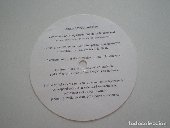 Radios antiguas: DUAL 070.017 DISCO ESTROBOSCOPICO DE CARTON 1960s - Foto 2 - 129216843