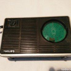 Radios antiguas: RADIO TRANSISTOR PHILIPS, AÑOS 60 O 70. Lote 129481991