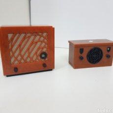 Radios antiguas: RADIO VINTAGE RÉPLICA MINIATURA MEDIDA APROXIMADA 10CMS. Lote 131179784