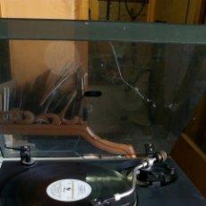 Radios antiguas: TOCADISCOS VIETA /MODELO G5010. Lote 131280752