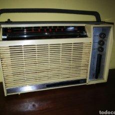Radios antiguas: RADIO ARIANE. AÑOS 70. FUNCIONANDO. RETRO VINTAGE.. Lote 132250937