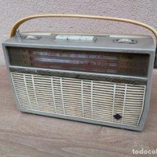 Radios antiguas: ANTIGUA RADIO TRANSISTOR AÑOS 60 TELEFUNKEN CAMPING FUNCIONANDO LEER DESCRIPCIÓN . Lote 132585458