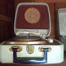 Radios antiguas: TOCADISCOS VINTAGE. Lote 132746751