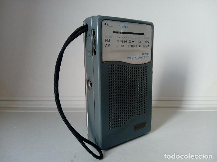 Radios antiguas: 39-Radio transistor Sanyo RP 5072 - Foto 4 - 133717674