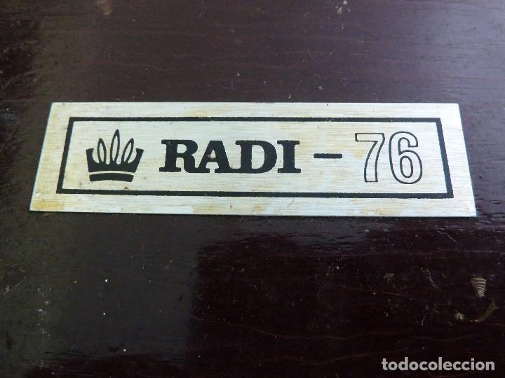 Radios antiguas: RADIO TRANSISTOR RADI-76 - Foto 2 - 134866766