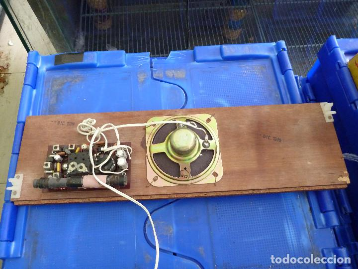 Radios antiguas: RADIO TRANSISTOR RADI-76 - Foto 5 - 134866766