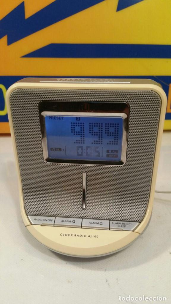 RADIO DESPERTADOR PHILIPS CLOCK AJ100 - FUNCIONANDO (Radios, Gramófonos, Grabadoras y Otros - Transistores, Pick-ups y Otros)