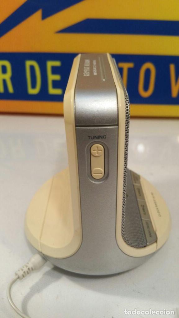 Radios antiguas: RADIO DESPERTADOR PHILIPS CLOCK AJ100 - FUNCIONANDO - Foto 4 - 135143714