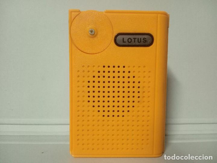 325-RADIO TRANSISTOR LOTUS (Radios, Gramófonos, Grabadoras y Otros - Transistores, Pick-ups y Otros)
