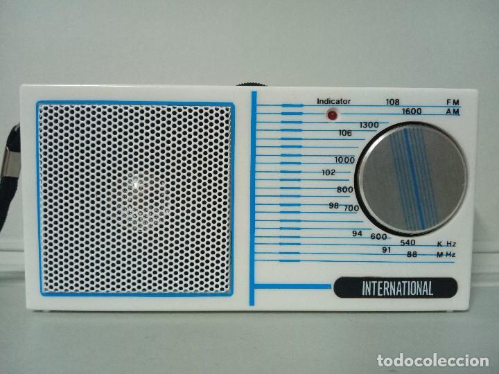 RADIO TRANSISTOR INTERNATIONAL 832 (Radios, Gramófonos, Grabadoras y Otros - Transistores, Pick-ups y Otros)