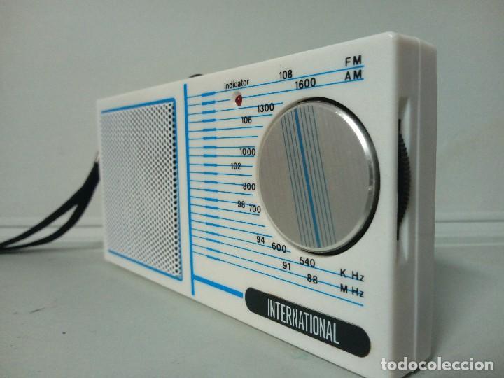 Radios antiguas: Radio transistor International 832 - Foto 2 - 135839914