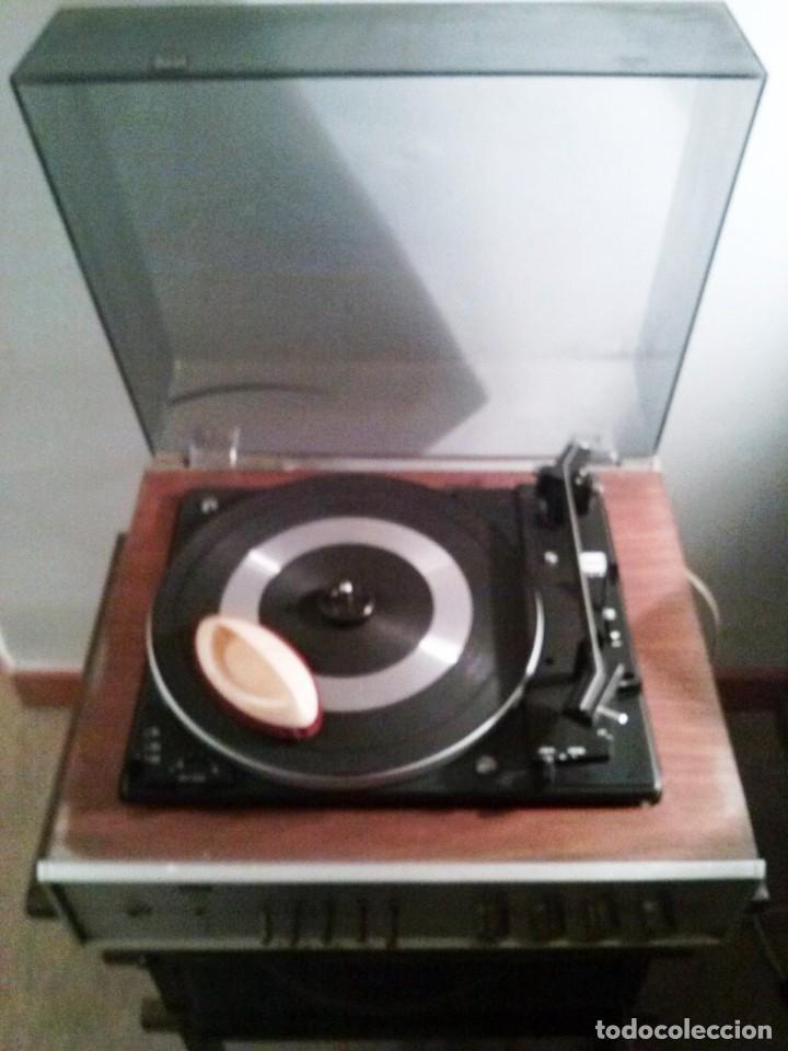Radios antiguas: TOCADISCOS ANTIGUO BETTOR DUAL - Foto 2 - 136068662