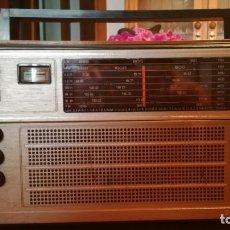 Radios antiguas: RADIO MULTIBANDAS SELENA B 215.. Lote 136378282