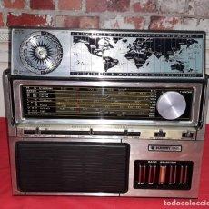 Radios antiguas: RADIO ACADEMY - FUNCIONA - SOLID STATE - MULTIBAND - BATTERY - ELECTRIC. Lote 137419310