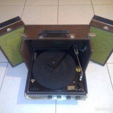 Radios antiguas: TOCADISCOS ZENITH, MD. D546W, AMERICANO,( GRANDE ). Lote 137966254