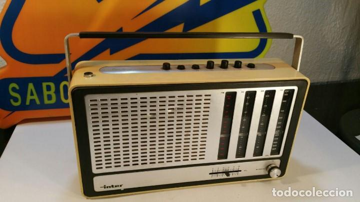 RADIO TRANSISTOR INTER EUROMODUL 150. FUNCIONA A 125V Y 220V. (Radios, Gramófonos, Grabadoras y Otros - Transistores, Pick-ups y Otros)