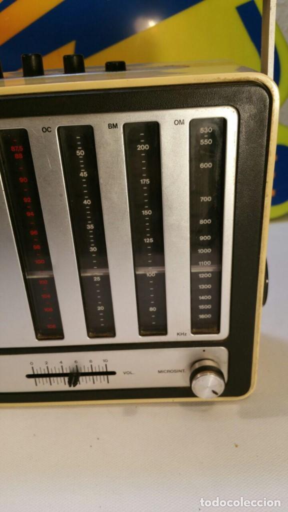 Radios antiguas: RADIO TRANSISTOR INTER EUROMODUL 150. FUNCIONA A 125v Y 220v. - Foto 3 - 139204278