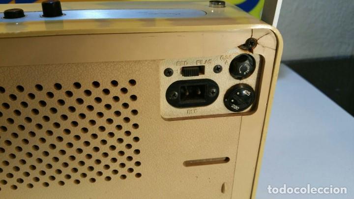 Radios antiguas: RADIO TRANSISTOR INTER EUROMODUL 150. FUNCIONA A 125v Y 220v. - Foto 7 - 139204278