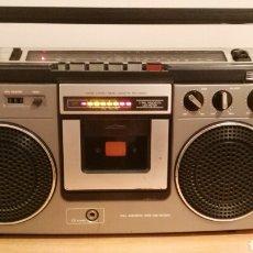 Radios antiguas: RADIO CASSETTE AIWA 906. Lote 140019100