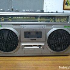 Radios antiguas: HITACHI RADIO CASSETTE. Lote 140071970