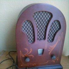 Radios antiguas: RADIO CAPILLA. Lote 140689950