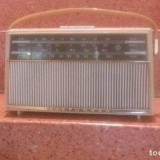 Radios antiguas: LOTE DE TRES RADIOS TRANSISTORES 60'S. Lote 141272778