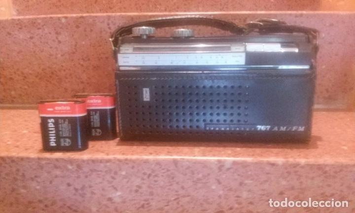 Radios antiguas: Lote de tres radios transistores 60's - Foto 3 - 141272778
