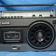 Radios antiguas: RADIO CASETE SILVER MDLO. RT430 - MADE IN JAPAN - REVISADO Y FUNCIONA BIEN. Lote 142103450