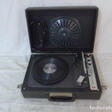 Radios antiguas: ANTIGUO TOCADISCOS PORTATIL, ORIGINAL, MARCA INVICTA. . Lote 142880246