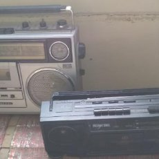 Radios antiguas: LOTE DE 2 RADIO CASSETTES SANYO Y PARA REPARAR O PIEZAS. Lote 143354338