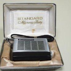Radios antiguas: J- EIGHT TRANSISTOR STANDARD MICRONIC RUBY CON SU CAJA ORIGINAL. Lote 143724178
