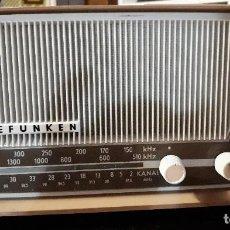 Radios antiguas: RADIO TRANSISTOR TELEFUNKEN CAPRICE TL 329 AM/FM FUNCIONANDO CORRECTAMENTE. Lote 143912122