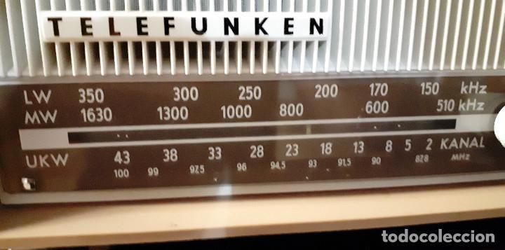 Radios antiguas: RADIO TRANSISTOR TELEFUNKEN CAPRICE TL 329 AM/FM FUNCIONANDO CORRECTAMENTE - Foto 2 - 143912122