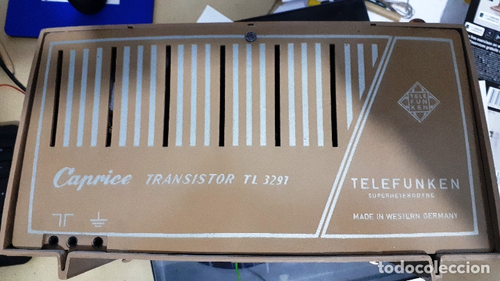 Radios antiguas: RADIO TRANSISTOR TELEFUNKEN CAPRICE TL 329 AM/FM FUNCIONANDO CORRECTAMENTE - Foto 4 - 143912122
