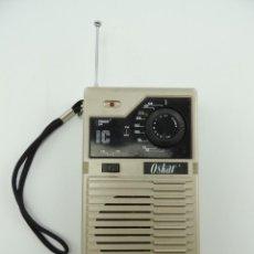Radios antiguas: RADIO TRANSISTOR VINTAGE EXCELENTE OBJETO DE DISEÑO OSKAR AÑOS 70-80. Lote 146113022