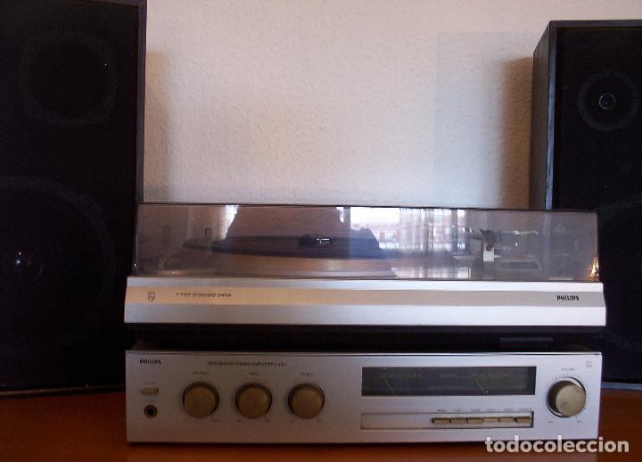 Radios antiguas: AMPLIFICADOR - PLATO DE DISCOS - ALTAVOCES - MARCA PHILIPS - AÑOS 80 - PROSPECTOS ORIGINALES - Foto 3 - 146151898