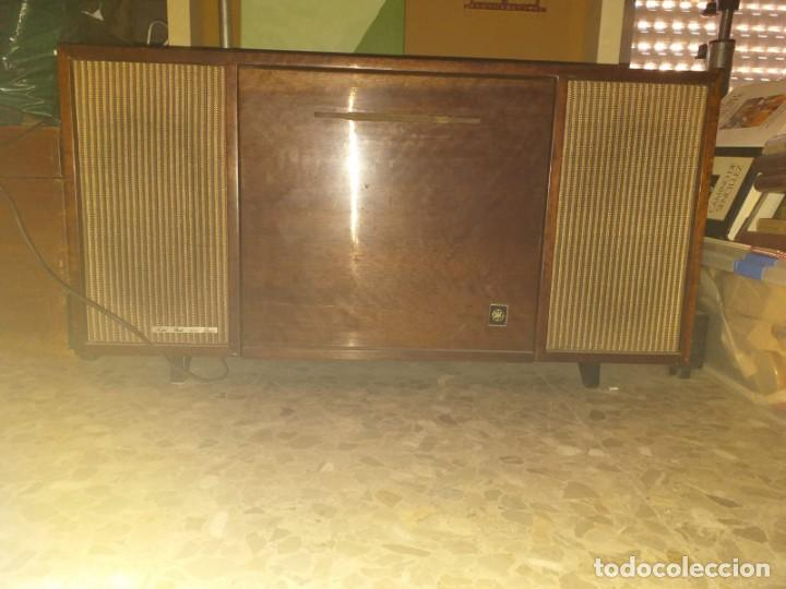 TOCADISCOS GENERAL ELECTRICA (Radios, Gramófonos, Grabadoras y Otros - Transistores, Pick-ups y Otros)
