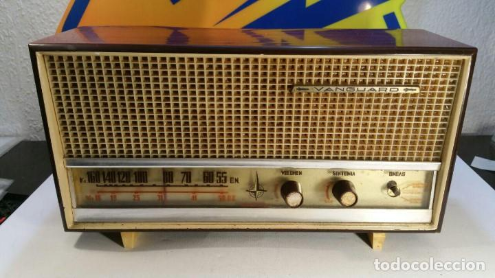RADIO DE TRANSISTOR VANGUARD. MODELO TYROS 2 ONDAS MIXTO. FUNCIONA (Radios, Gramophones, Recorders and Others - Transistor Radios, Pick-ups and Others)