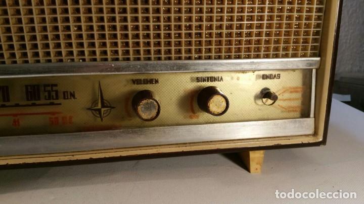 Old radios: RADIO DE TRANSISTOR VANGUARD. MODELO TYROS 2 ONDAS MIXTO. FUNCIONA - Foto 10 - 146557190