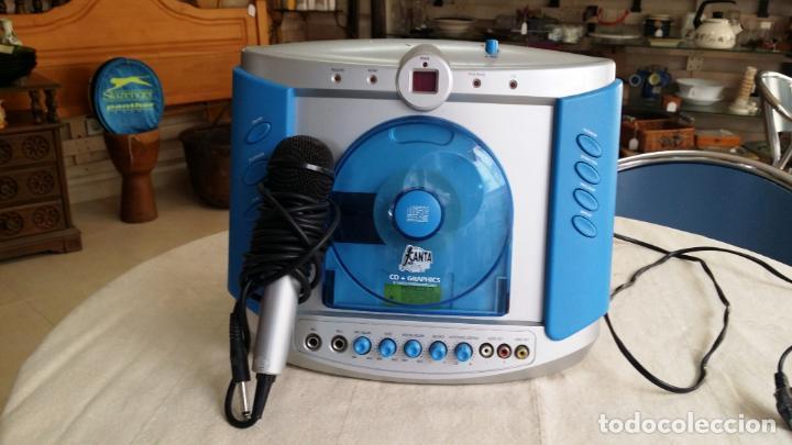 REPRODUCTOR DE CD - KARAOKE CON MICRÓFONO (Radios, Gramófonos, Grabadoras y Otros - Transistores, Pick-ups y Otros)