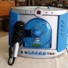 Radios antiguas: REPRODUCTOR DE CD - KARAOKE CON MICRÓFONO. Lote 146656866