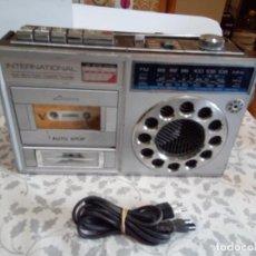 Radios antiguas: RADIOCASSETTE INTERNACIONAL AÑOS 80. Lote 147686602