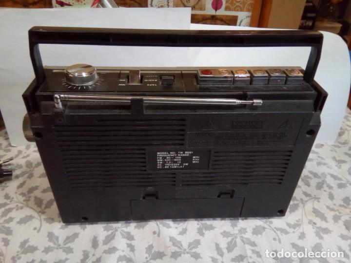 Radios antiguas: RADIOCASSETTE INTERNACIONAL AÑOS 80 - Foto 3 - 147686602