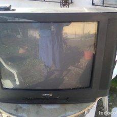Radios antiguas: GRAN TELEVISOR FRANCÉS DAEWOO DTE- 2898 -(1999)-VINTAGE 90´S- TELEVISION FUNCIONANDO CON NORMALIDAD . Lote 148523094
