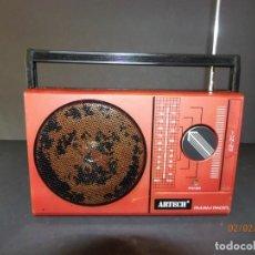 Radios antiguas: RADIO PORTATIL ARTECH AC808 AÑO 1980. Lote 149609990